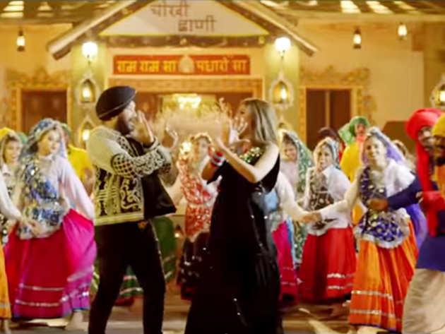 रिलीज होते ही छाया Sapna Choudhary और दलेर मेहंदी का गाना 'Bawli Tared', फैंस हुए क्रेजी