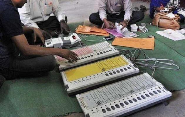 कन्नौज: SP नेता नजरबंद, समाजवादी पार्टी ने BJP पर लगाया चुनाव में गड़बड़ी का आरोप