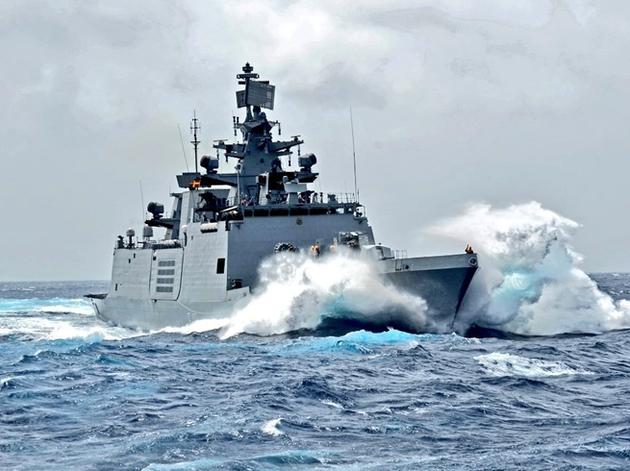 हाई अलर्ट पर नौसेना