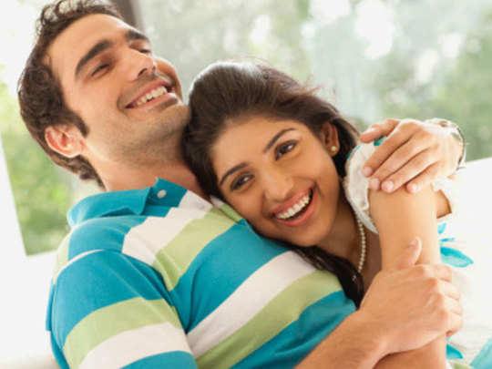 Live-in-relationship before marriage - समझें, लिव-इन रिलेशनशिप के फायदे और  नुकसान | Navbharat Times - Navbharat Times