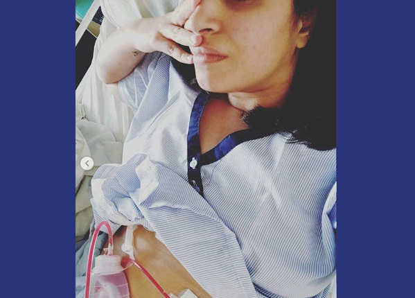 हाल ही में हुई है इशिता की सर्जरी