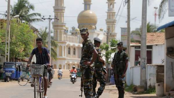 clashes between christians and muslims rock town in sri lanka