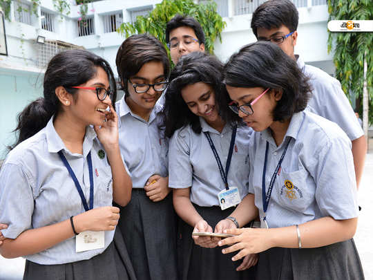 kolkata west bengal isc and icse passed students not interested in social media surfing like facebook, twitter