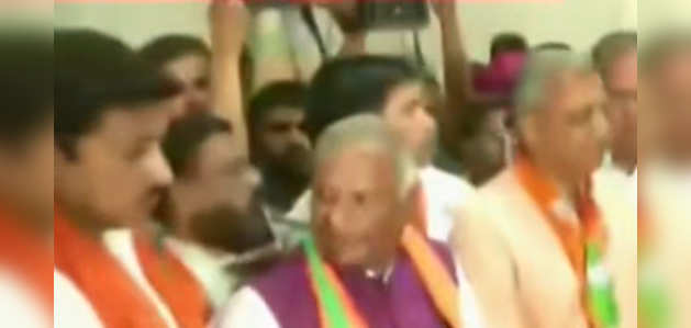बीजेपी नेताओं ने अलवर गैंगरेप के खिलाफ प्रदर्शन किया