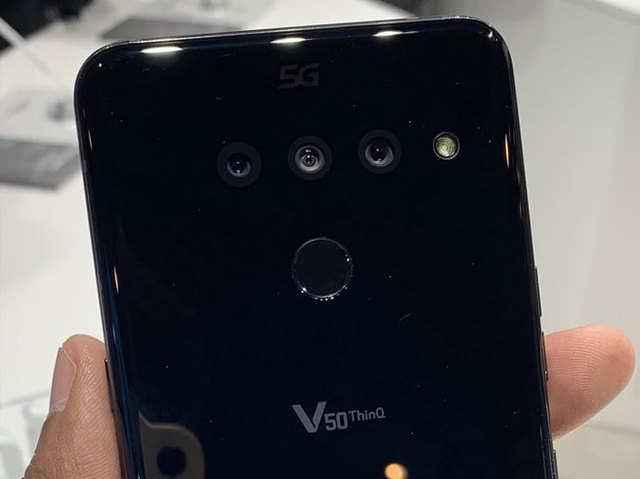 सेल के लिए अवेलेबल हुआ LG V50 ThinQ 5G, जाने कीमत और फीचर