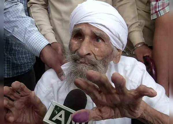 दिल्ली के सबसे बुजुर्ग वोटर