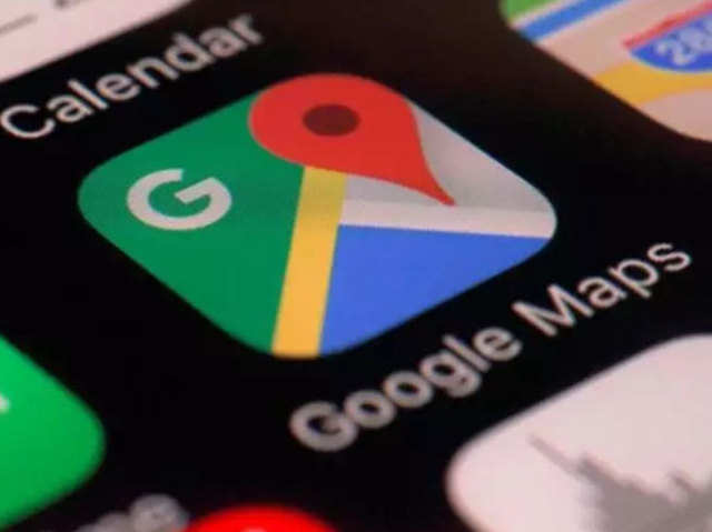 Google maps: Know distance between two or more points on