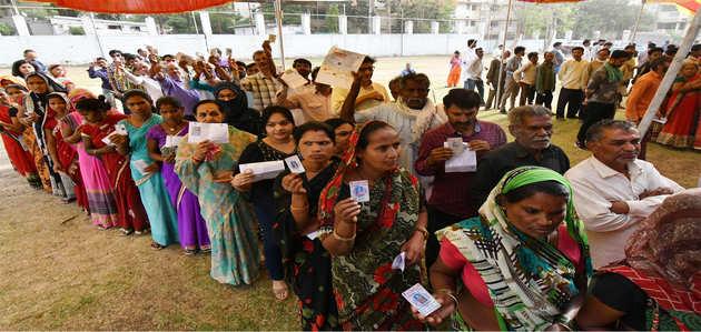 लोकसभा चुनाव 2019: आयोग ने कहा, 6ठे चरण में हुई 63.3% वोटिंग