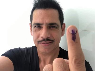 वोट देने के बाद रॉबर्ट वाड्रा