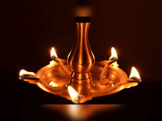 significance of lighting a lamp