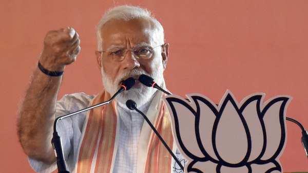 opposition slams pm narendra modi over cloud cover remark