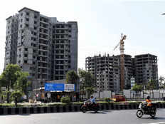 home buyers to pay 12 gst on balance due if completion certificate issued by march 31
