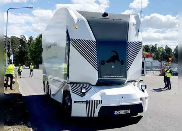 देखें, बिना ड्राइवर वाला दुनिया का पहला इलेक्ट्रिक ट्रक