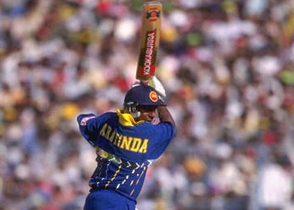 श्री लंका- 398/5, बनाम कीनिया, कैंडी (1996)