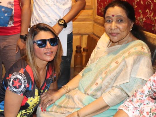 rakhi-sawant-aasha-bhosle