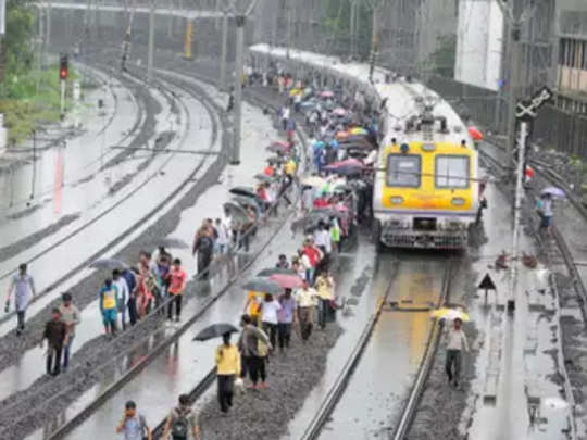 mumbai-monsoon-review