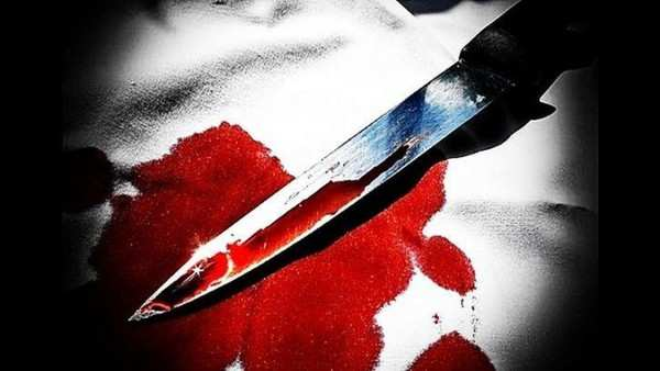 delhi woman stabbed to death due to tiff over bucket of water