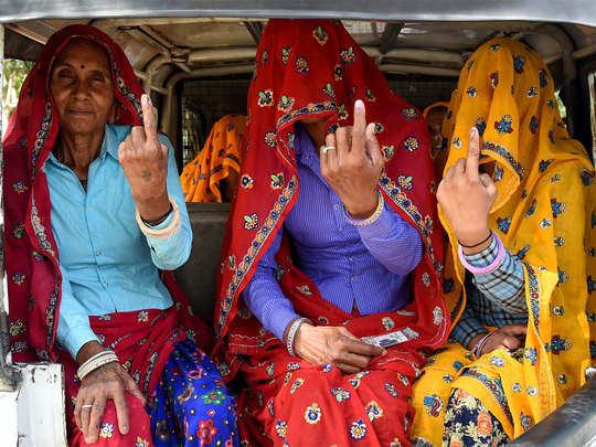 महिला मतदाताओं ने दिखाया उत्साह
