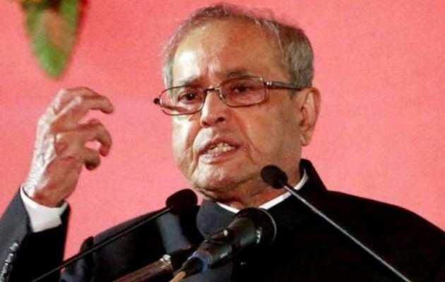 पूर्व राष्ट्रपति प्रणब मुखर्जी ने की चुनाव आयोग की सराहना