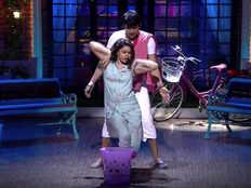 the kapil sharma show viral video of bhuri and chandu romance on kapil show over tip tip barsa pani show