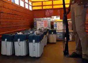 know how evms are kept safely in strongroom