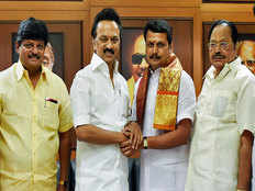 tamil nadu assembly by election 2019 vote counting and results live news political war between aiadmk vs dmk