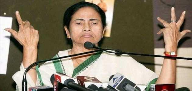 TMC नेताओं के साथ ममता की बैठक, हो सकते हैं बड़े बदलाव