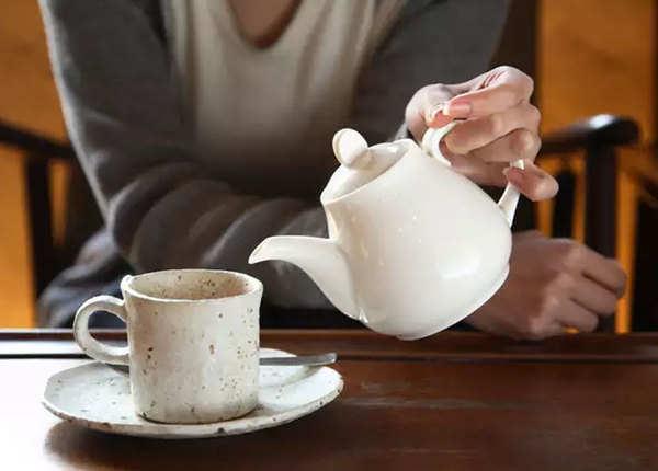 दिन की शुरुआत कॉफी या चाय से न करें
