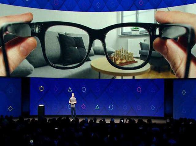 फेसबुक के AR ग्लास पेटेंट में दिखा खास ऑडियो सिस्टम, कानों के पीछे से सुनाई देगी आवाज