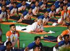 International Day Of Yoga: 'बढ़ती उम्र पर योग लगाए रोक'