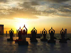 iranian police arrest 30 people during yoga class news agency reports