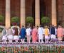 मोदी सरकार 2.0: PM ने बदल दिए 40% मंत्री