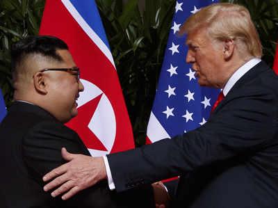 किम जोंग और अमेरिकी राष्ट्रपति ट्रंप (फाइल)