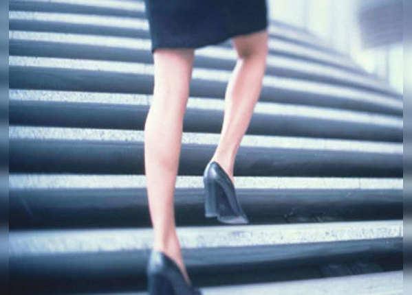 सीढ़ियों का करें इस्तेमाल