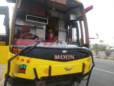 nalgonda bus accident: ప్రైవేటు బస్సు