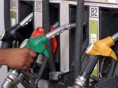 पेट्रोल के भाव 7 पैसे लीटर घटे, डीजल हुआ 20-22 पैसे सस्ता