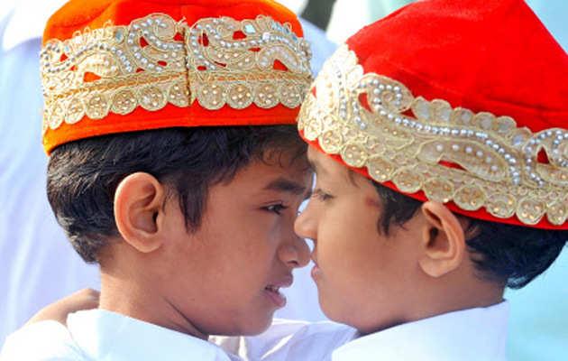 Eid 2019: भारत में हुआ चांद का दीदार, आज मनाई जा रही है मीठी ईद
