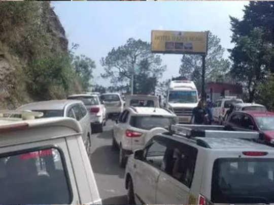 हरिद्वार-नैनीताल हाइवे पर ट्रैफिक जाम