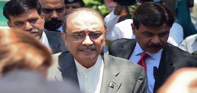भ्रष्टाचार मामले में पाकिस्तान के पूर्व राष्ट्रपति आसिफ अली ज़रदारी गिरफ्तार