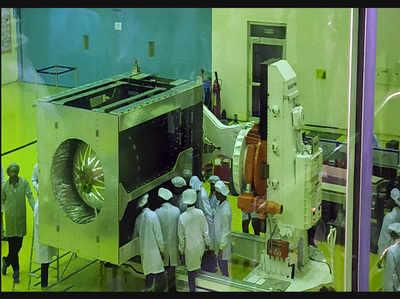 लॉन्च से पहले ISRO ने दिखाई चंद्रयान-2 की झलक