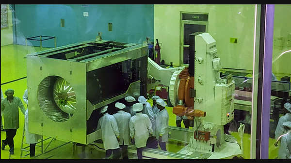 isro unveils the image of chandrayaan 2 ahead of mission launch