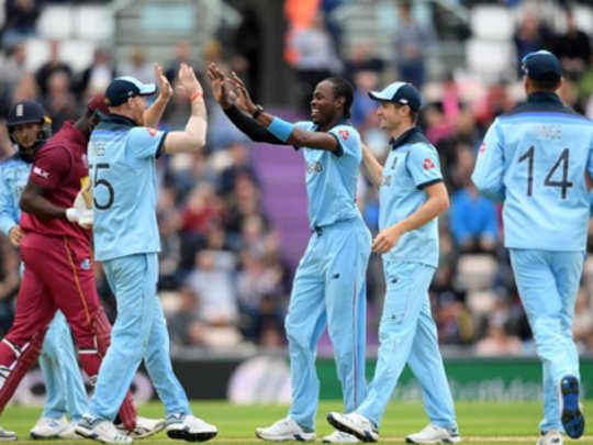 WI vs ENG : वेस्ट इंडिजचं इंग्लंडसमोर २१३ धावांचं आव्हान
