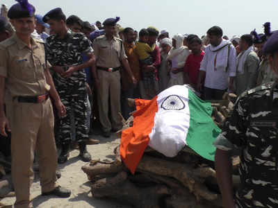 गाजीपुर में शहीद जवान का अंतिम संस्कार