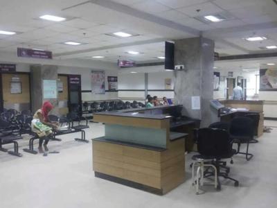 ईएसआई हॉस्पिटल में हड़ताल के कारण ओपीडी खाली पड़ी रही