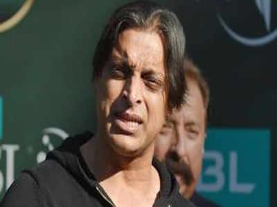 ब्रेनलेस कप्तानी: शोएब अख्तर ने भारत की हार के बाद पाकिस्तान के कप्तान की खिंचाई की