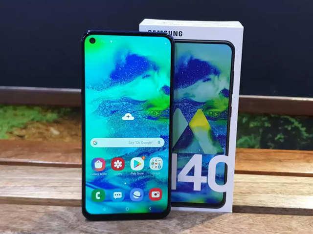 Samsung Galaxy M40 की पहली सेल आज, मिल रहे हैं खास लॉन्च ऑफर्स