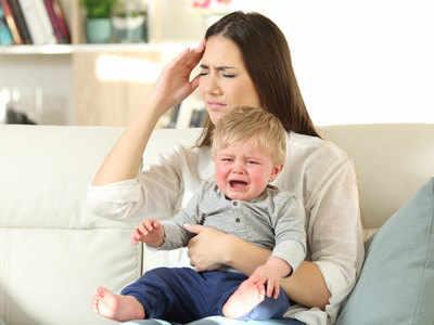 बच्चों का रोना और नखरे करना है अच्छा तस्वीर साभार: gettyimages.in