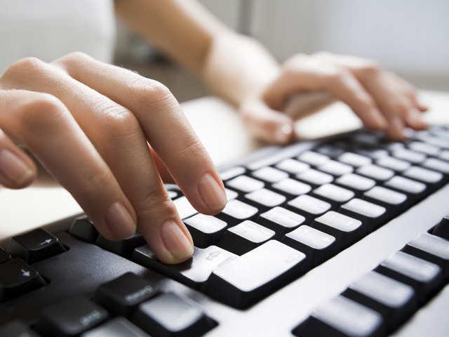 अब 10 भारतीय भाषाओं में टाइपिंग आसान, माइक्रोसॉफ्ट ने लॉन्च किया स्मार्ट कीबोर्ड