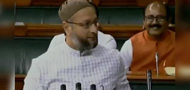 जय श्रीराम के नारे के बीच असदुद्दीन ओवैसी ने ली संसद में शपथ
