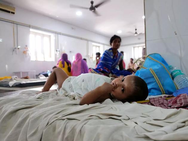 फाइल फोटो: चमकी बुखार से पीड़ित एक बच्चा